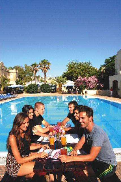 Škola angličtiny Sprachcaffe Malta, studenti při výuce