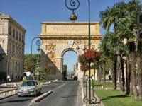 Brána v Montpellier