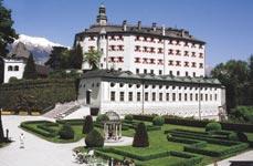 Zámek Ambras v Innsbrucku