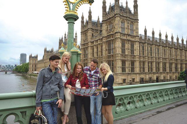 Studenti při aktivitách v Londýně