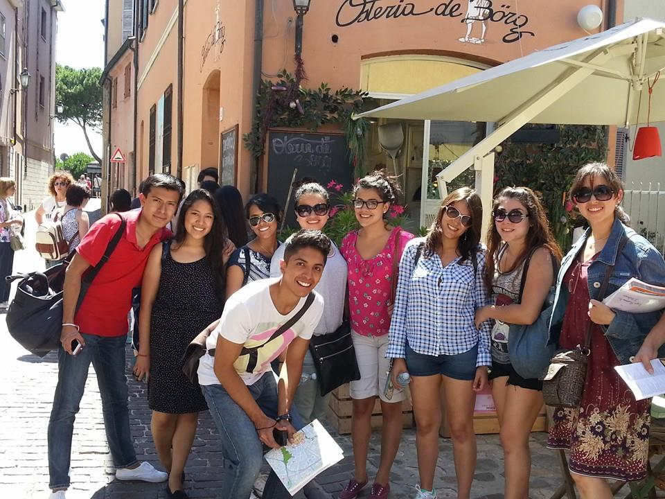 Studenti při prohlídce Rimini